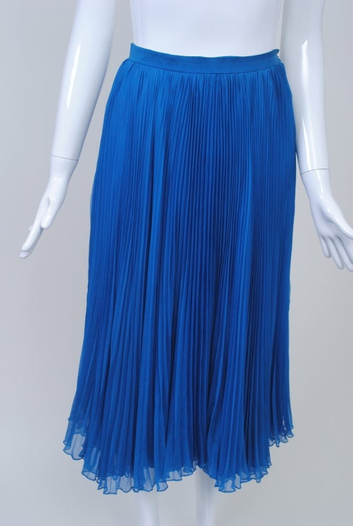 NORELL BLUE SEQUINED TOP AND CHIFFON SKIRT 8