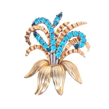 Pennino Lily Brooch For Sale