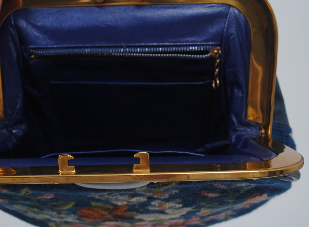 BLUE NEEDLEPOINT HANDBAG W/RABBITS For Sale 5
