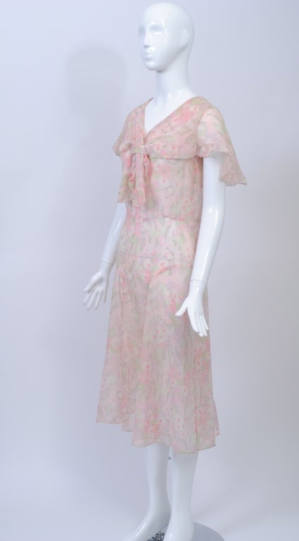 1930s Pastel Floral Print Day Dress For Sale 3