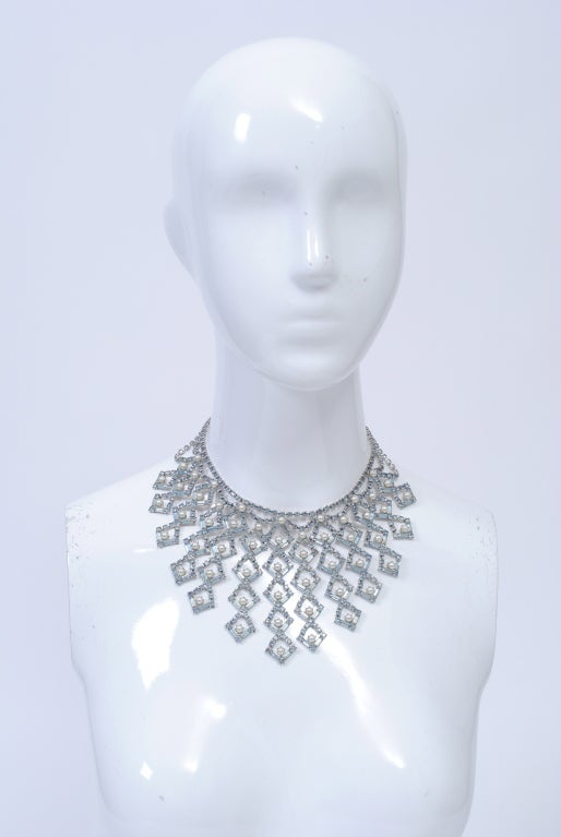1950s Bib Necklace 2