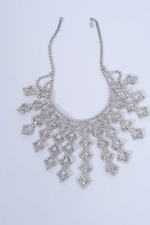 1950s Bib Necklace 8
