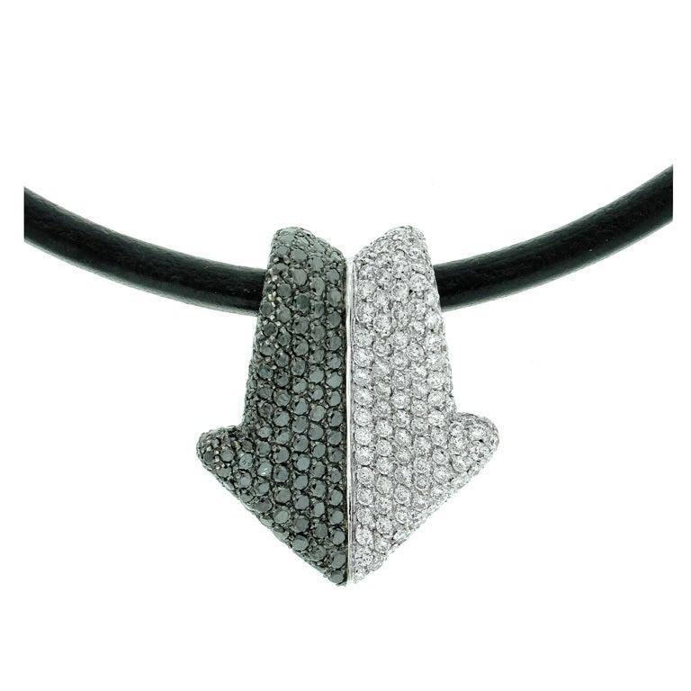 Gianni Bulgari Enigma Diamond  Necklace For Sale