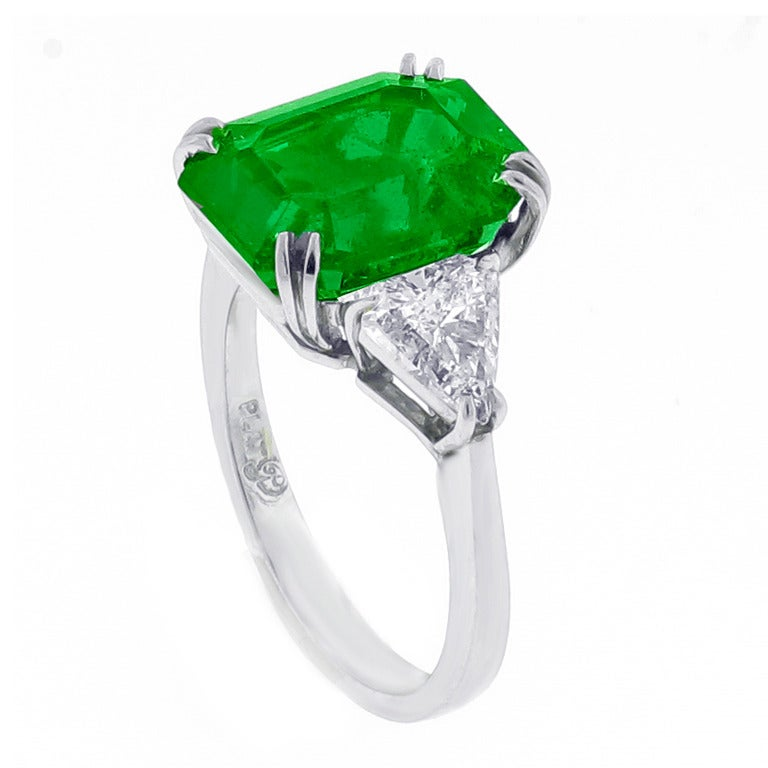 Gem Colombian Emerald Ring
