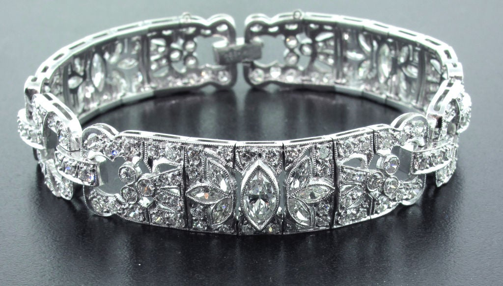 Art Deco Diamond Bracelet In Excellent Condition For Sale In Bethesda, MD