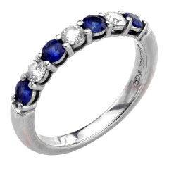 TIFFANY & CO. Shared-Setting Sapphire Diamond Platinum Band Ring