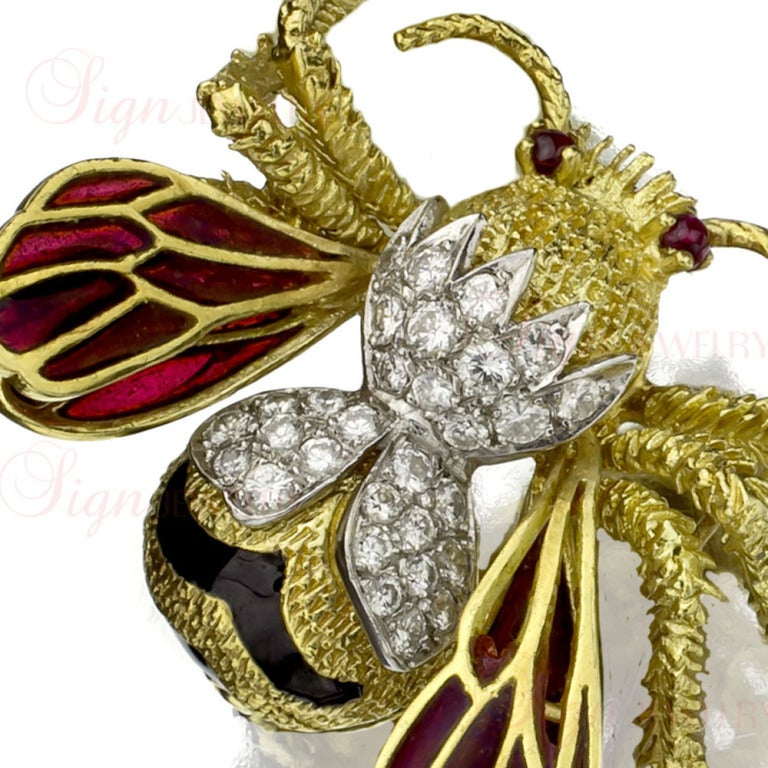 TIFFANY & CO. Hand-Crafted Diamond Ruby Enamel Gold Bee Brooch 2