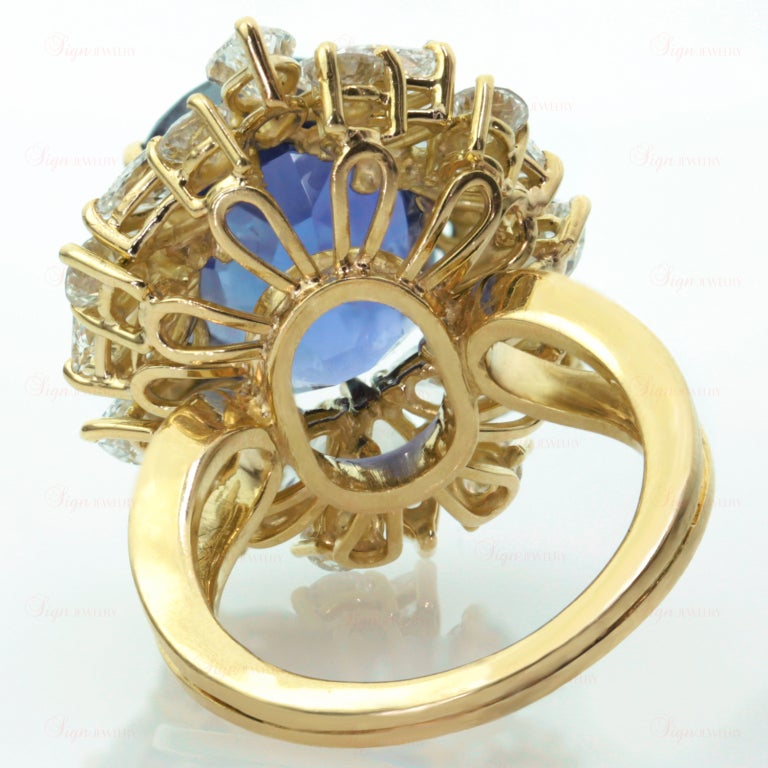 Non-Heated Natural Blue Sapphire Diamond 18 Gold Ring. GIA 6
