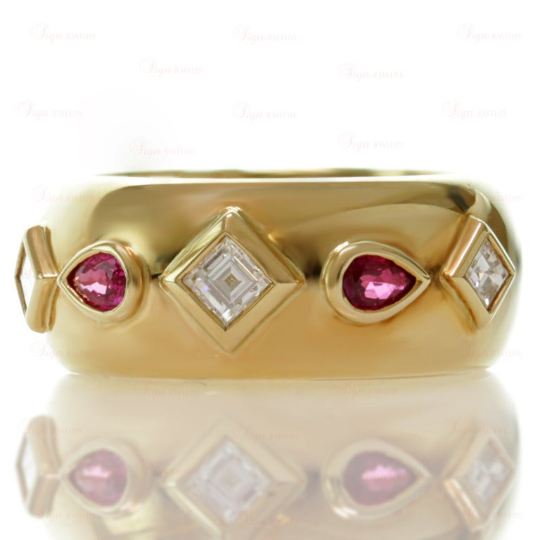 Cartier Ruby Diamond Yellow Gold Ring and Earrings For Sale 2