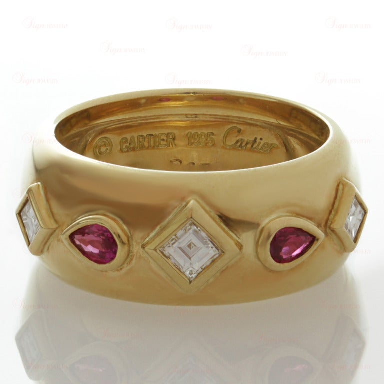 Cartier Ruby Diamond Yellow Gold Ring and Earrings For Sale 5