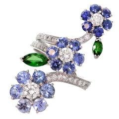 Van Cleef & Arpels Broderie 18k White Gold Sapphire Diamond Ring