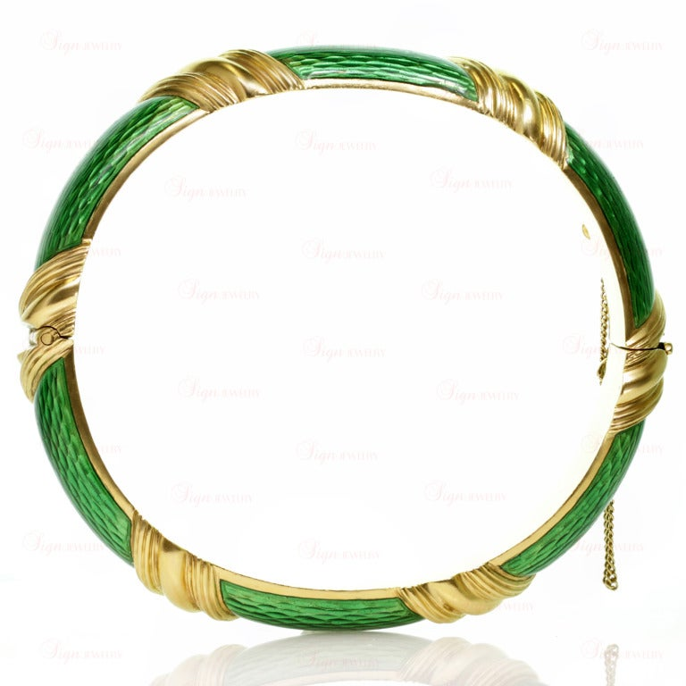 Tiffany & Co. Green Enamel Yellow Gold Striped Bangle Bracelet For Sale 2