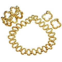 VAN CLEEF & ARPELS Alhambra Diamond Earrings, Bracelet, Necklace Yellow Gold Jewelry Set