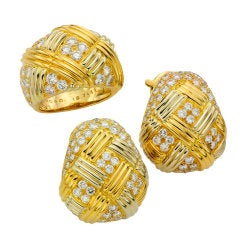 Van Cleef & Arpels Diamond Yellow Gold Ring and Earrings Set