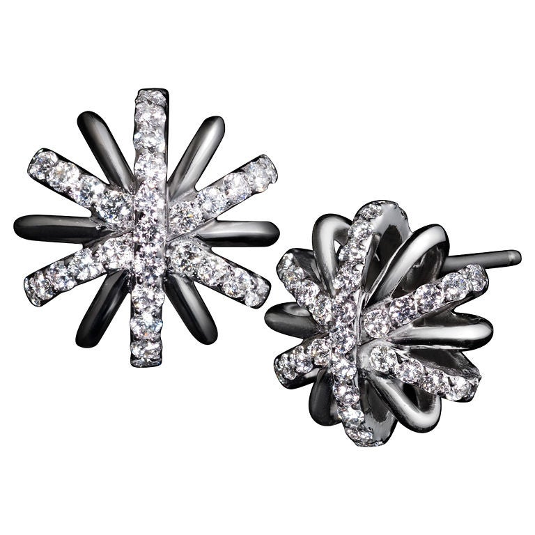 Alexandra Mor Diamond Snowflake Earrings in Platinum