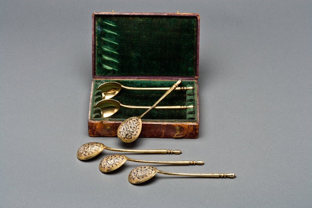 Set of Six Russian Silver Teaspoons by Dmitriev, 1851 For Sale 2