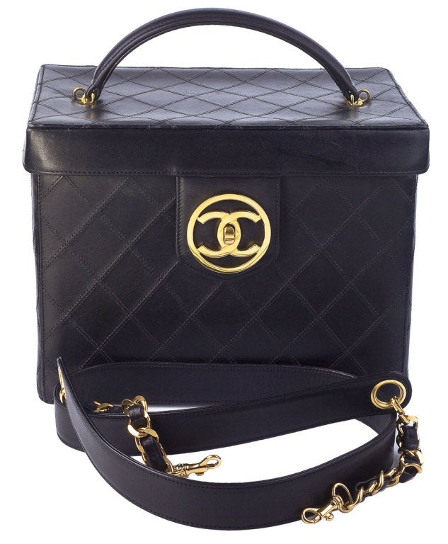 Chanel Quilted Vanity Case Bag 2