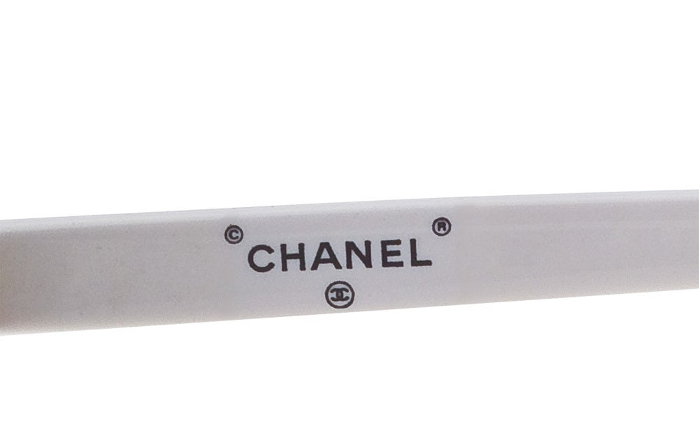 CHANEL WHITE ROUND SUNGLASSES image 3