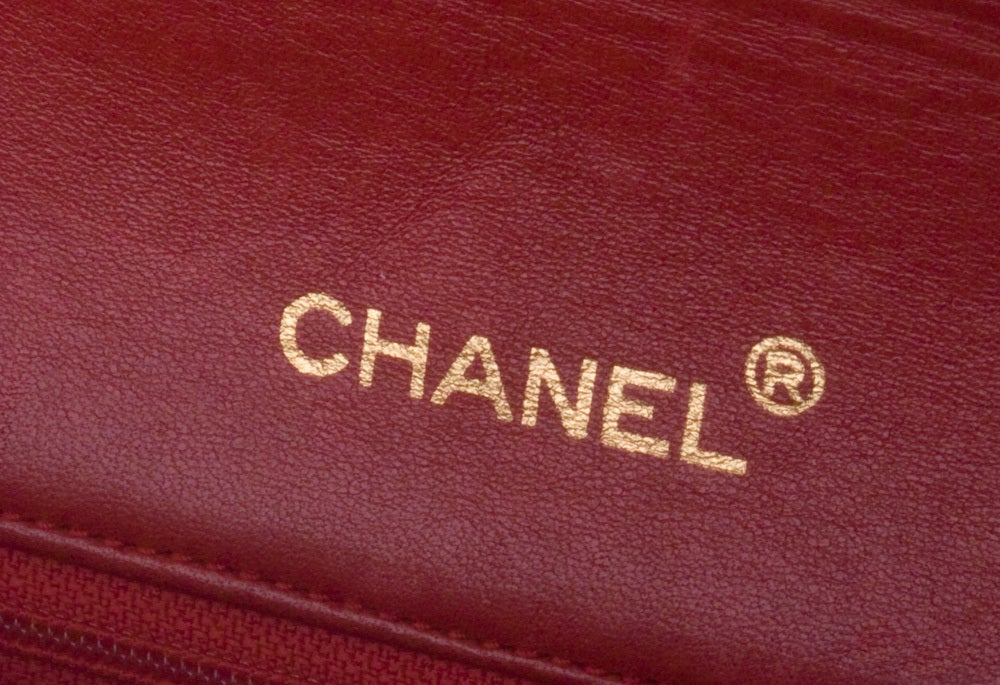 CHANEL RED 2.55 JUMBO QUILTED BAG image 3