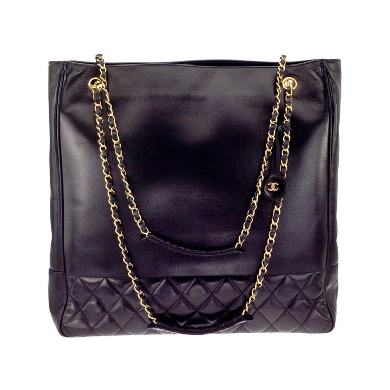 CHANEL BLACK TOTE BAG WITH CC AND QUILTED DETAILS 1