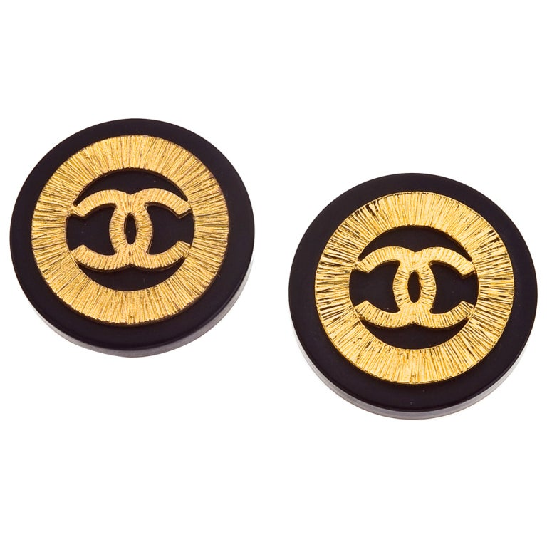 Vintage Chanel Black and Gold Clip-On Earrings with CC For Sale