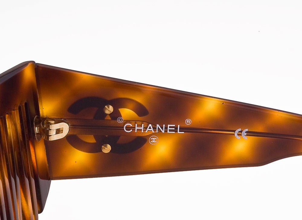 CHANEL COMB SUNGLASSES 3