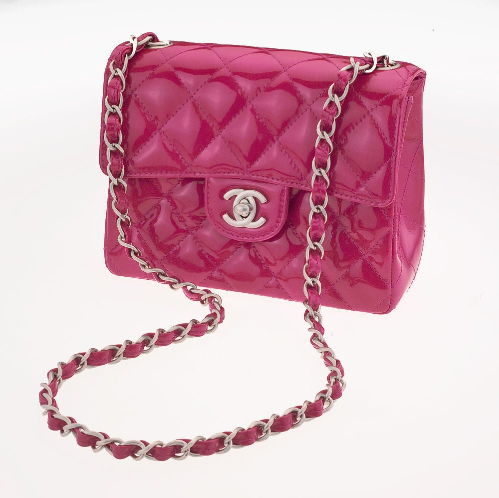 CHANEL PINK PATENT MINI SHOULDER  QUILTED BAG image 3