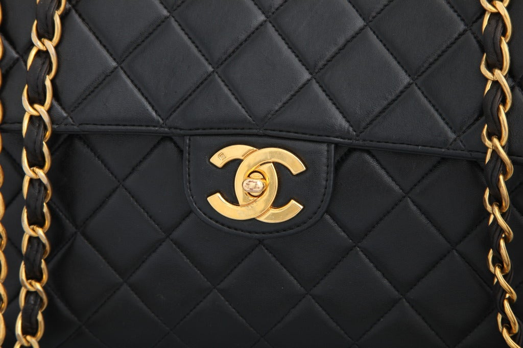 Chanel Lambskin Jumbo Bag In Good Condition For Sale In New York, NY
