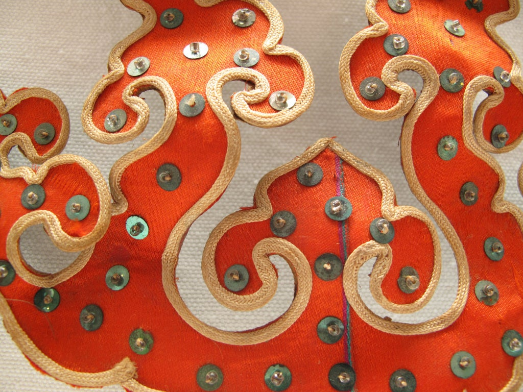 1930s Silk and Sequin Oriental Tierra Hairpin 4