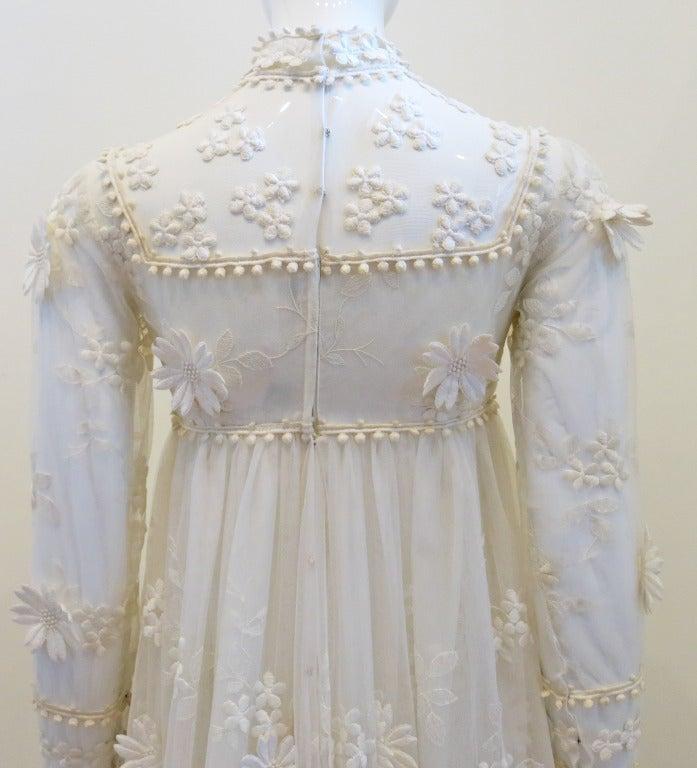 Vintage Bohemian Bride Daisy Applique Wedding Dress At 1stdibs