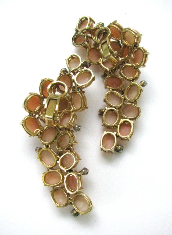 Pair of Coral Ear Clips, circa 1960 In Excellent Condition For Sale In Cincinnati, OH