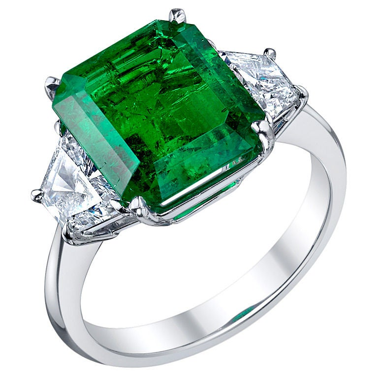 Tiffany And Co 4 62 Ct Emerald And Diamond Ring At 1stdibs