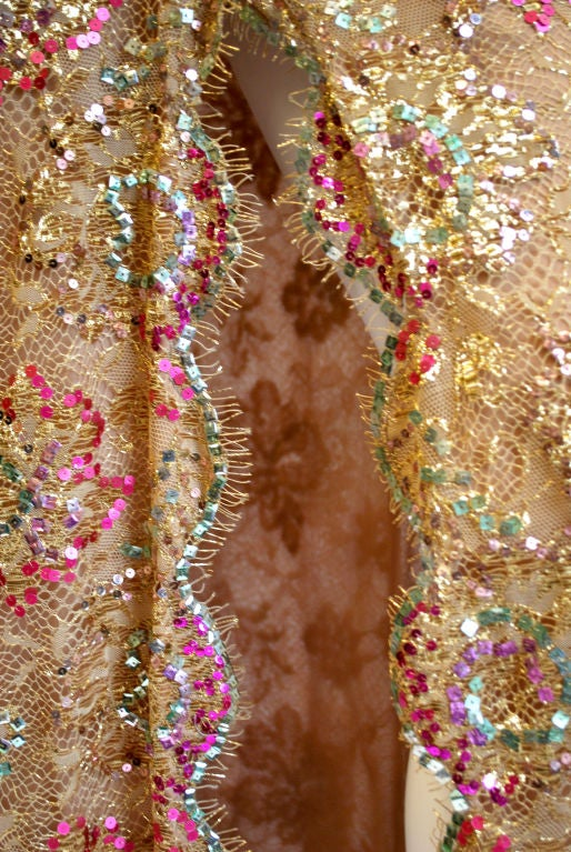 Chanel 1996 Haute Couture Gold Lace gown 6
