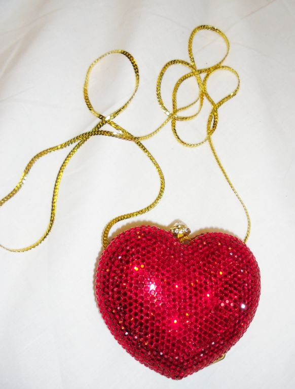 Kathrine Baumann Heart minaudiere evening bag image 2