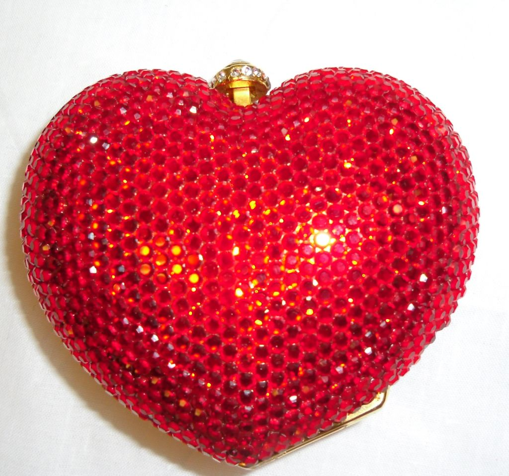 Kathrine Baumann Heart minaudiere evening bag image 3