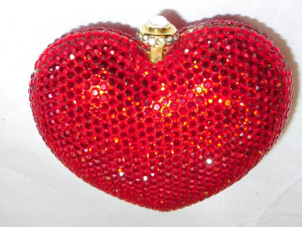 Kathrine Baumann Heart minaudiere evening bag image 5