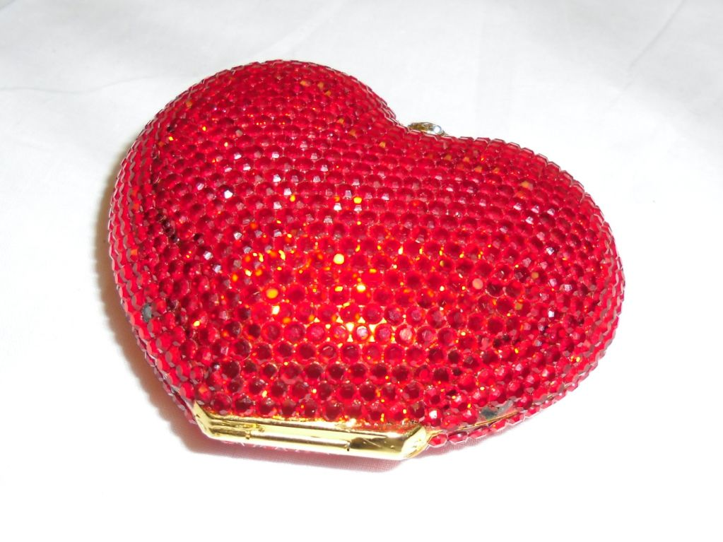 Kathrine Baumann Heart minaudiere evening bag image 6