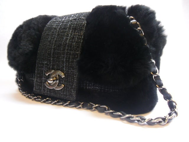 Women's Coco Chanel  2.55 leather tweed fur bag For Sale