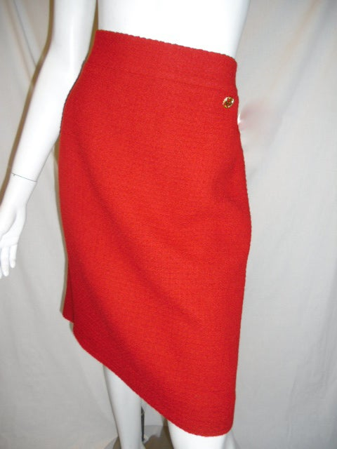 Chanel  red boucle suit  Collection 2009   sz 46 8