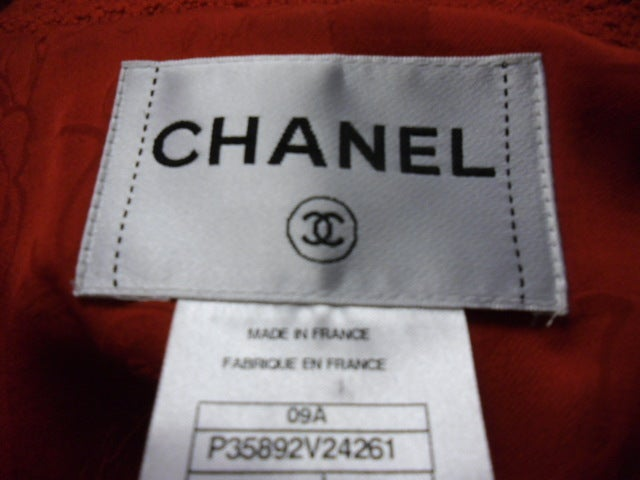 Chanel  red boucle suit  Collection 2009   sz 46 10