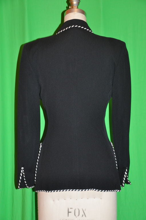 Moschino Sharp Black with contrast ribbon jacket In Good Condition For Sale In New York, NY