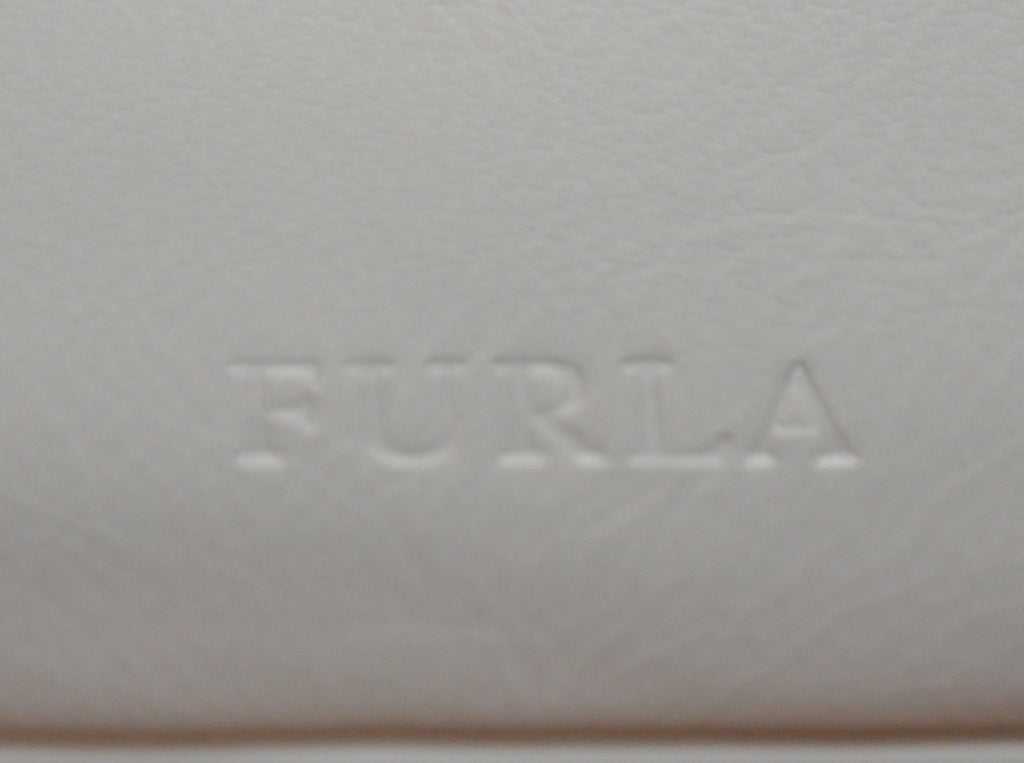 Women's Furla white with silver hardware small shoulder bag For Sale