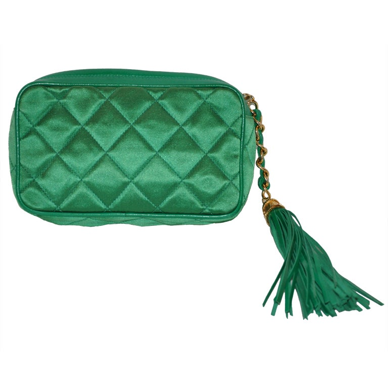 2be407cb5434 Chanel Quilted Emerald Green Silk Evening Clutch with Tassle For Sale