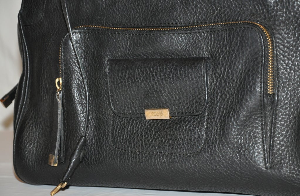TOD's Black Textured Calfskin Leather Handbag For Sale 1