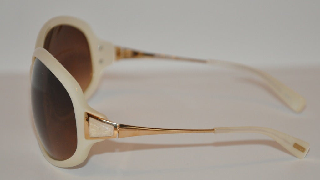 Brown Oliver Peoples Pearl Finished and Gold Sunglasses For Sale