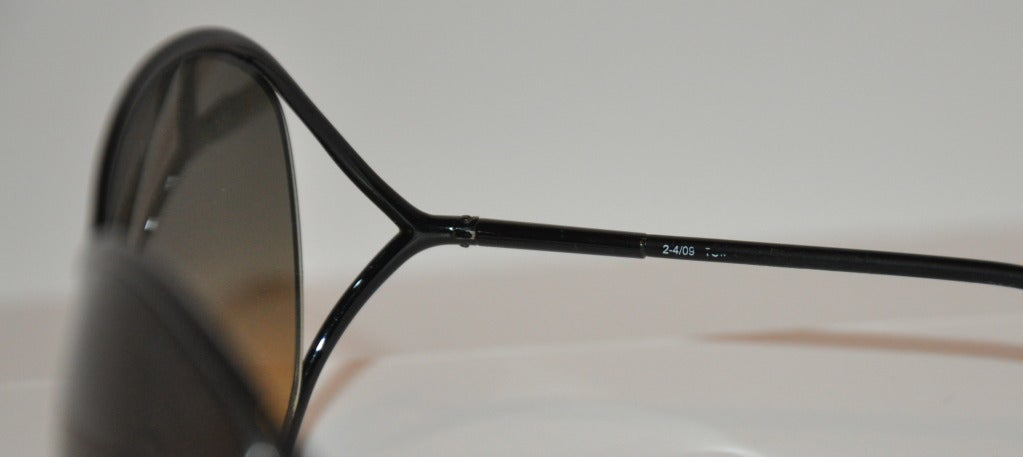 "Women's Tom Ford ""Limited Edition"" Simply Elegant Black Sunglasses For Sale"