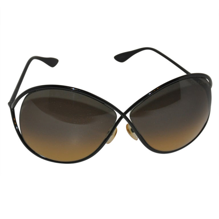 "Tom Ford ""Limited Edition"" Simply Elegant Black Sunglasses For Sale"