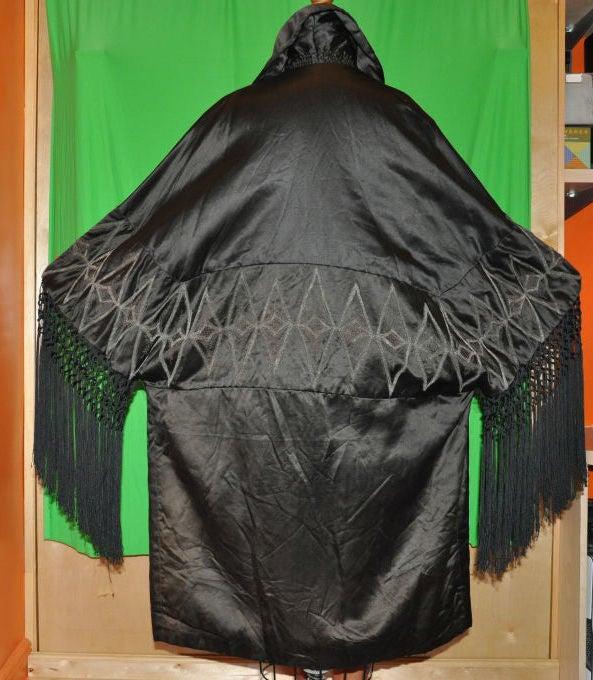 Gray Victorian black silk opera coat For Sale