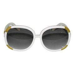 Chloe cream with gold accents sunglasses