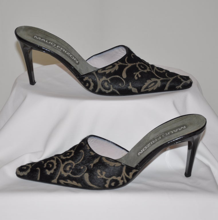 Maud Frizon stenciled pony with hues of black and gray. Heels measures 3 1/2